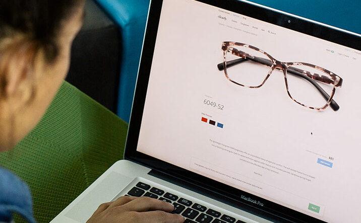 نکاتی که باید در خرید فریم عینک طبی به آنها توجه کنید