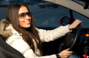 چگونه با لنز چشم طبی رانندگی کنیم؟