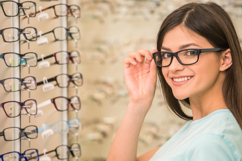 با ۸ اصل مهم برای مراقبت از عینک طبی آشنا شوید