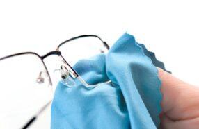 آموزش ساخت 3 نوع تمیز کننده عینک در خانه برای افزایش طول عمر عدسی عینک