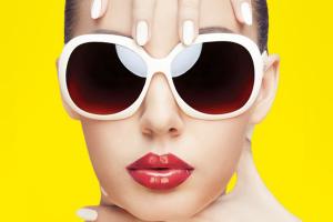 راهنمای خرید عینک آفتابی زنانه برای خانمهای خوش سلیقه