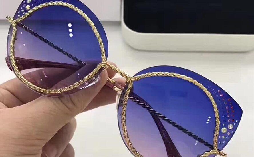 کدام عینک آفتابی برای فرم صورت و سبک زندگی شما مناسب است؟