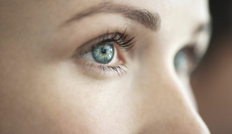 آیا امکان دارد کودکان هم به سرطان چشم مبتلا شوند؟