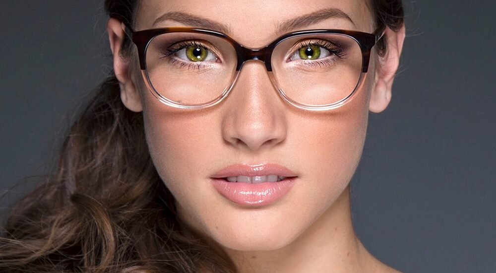 آموزش آرایش چشم برای خانمهایی که عینکی هستند