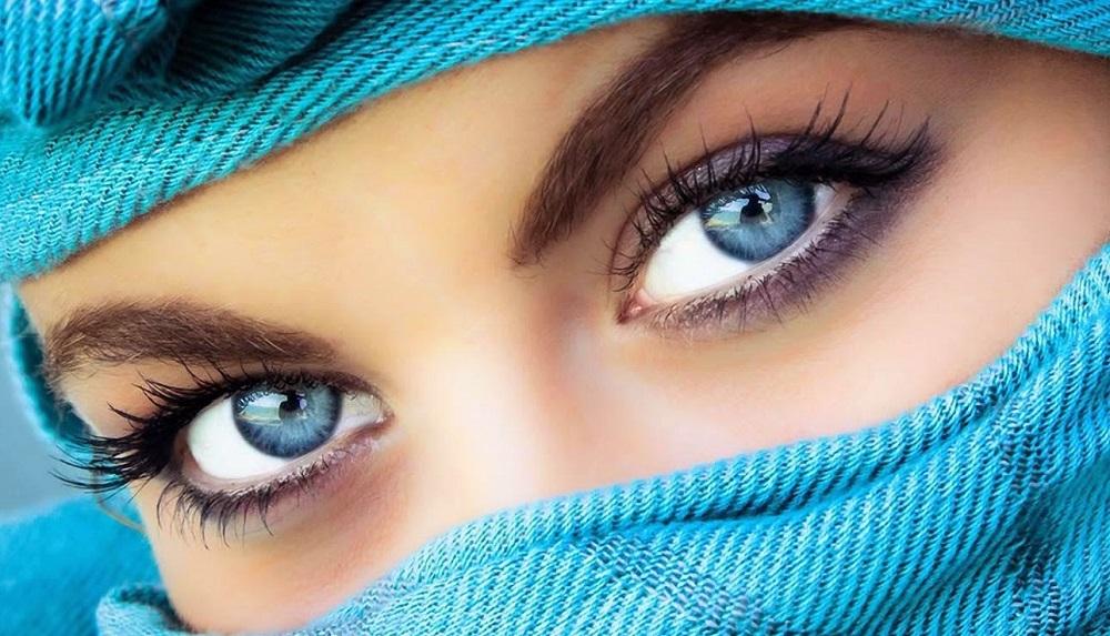 جراحی تغییر رنگ چشم چه خطراتی بدنبال دارد؟
