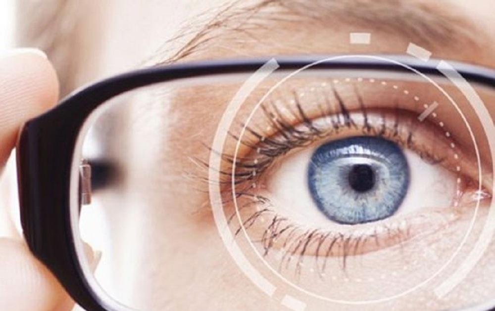 آنچه در مورد درمان انحراف چشم باید بدانید