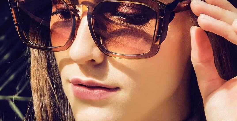 سایز عینک آفتابی : راهنمای انتخاب اندازه مناسب عینک دودی