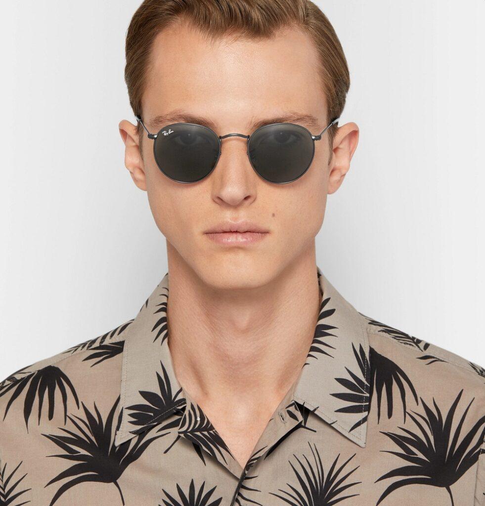 عینک گرد آفتابی