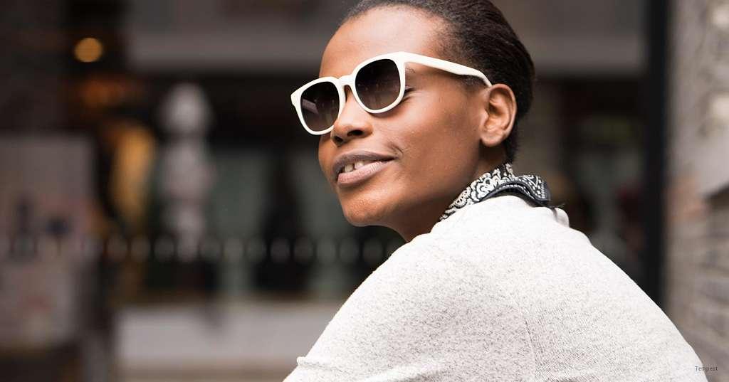 عینک آفتابی پلاریزه تدریجی یکی از بهترین گزینهها برای شماست