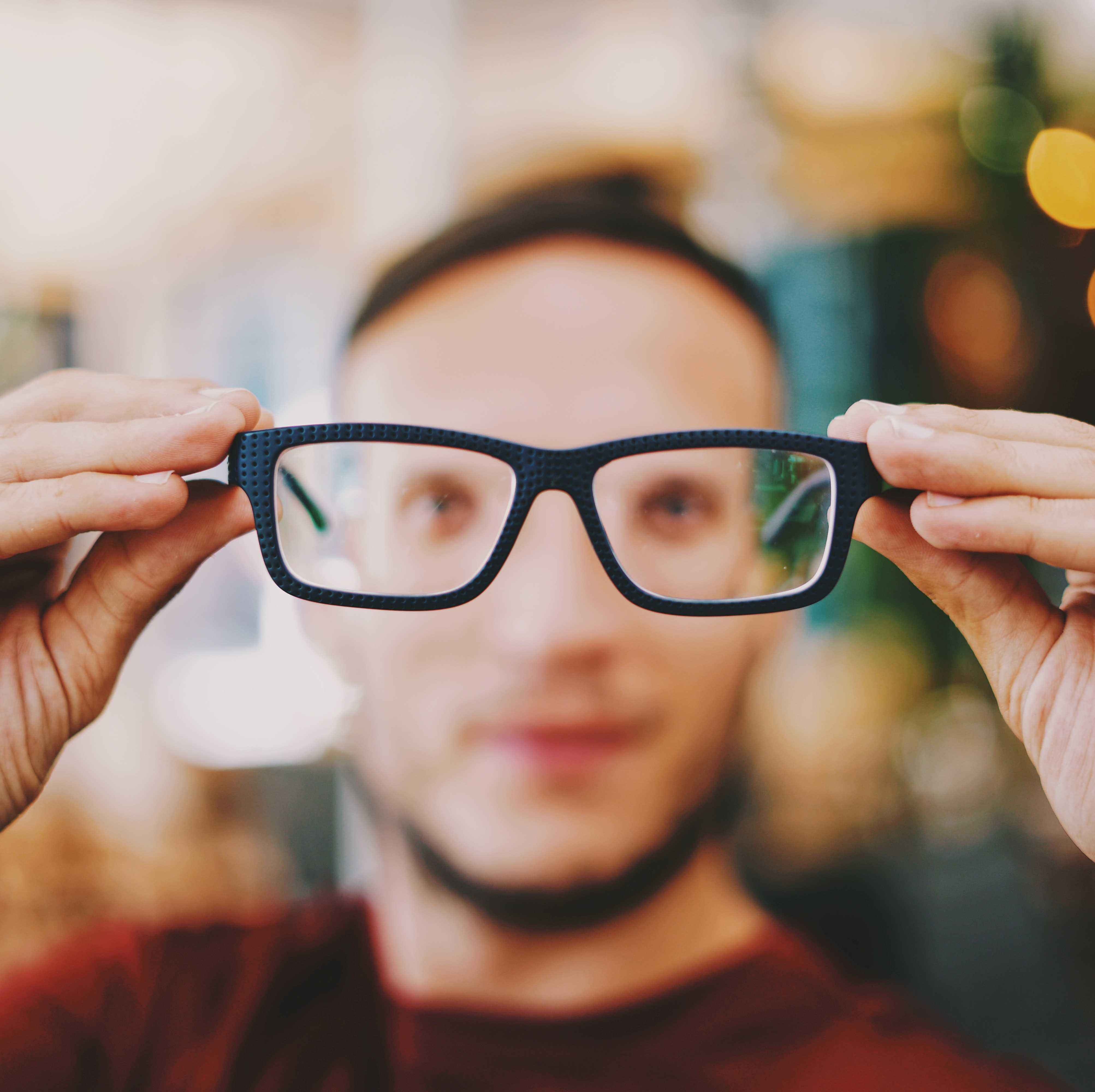 نکاتی که لازم است راجع به مراقبت از چشم بدانید