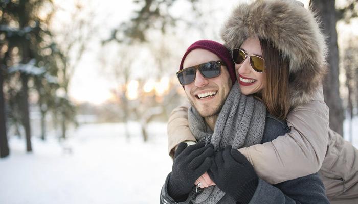 آیا استفاده از عینک آفتابی در زمستان ضروری است؟