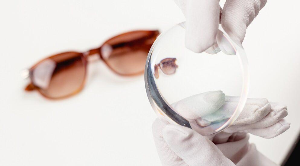 با ۵ نوع عدسی عینک آفتابی آشنا شوید؛ کدام لنز عینک دودی مناسب نیاز شماست؟