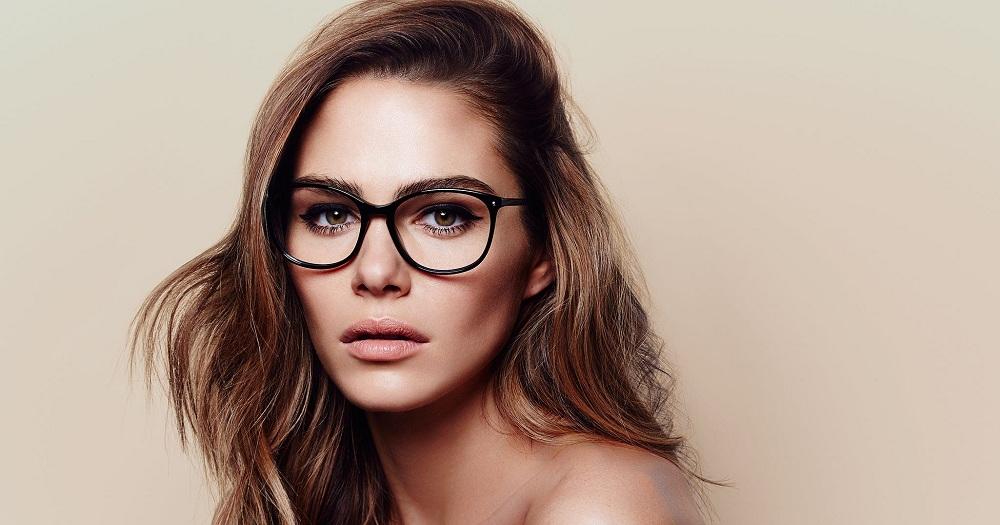 راهنمای انتخاب عینک طبی زنانه بر اساس فرم صورت