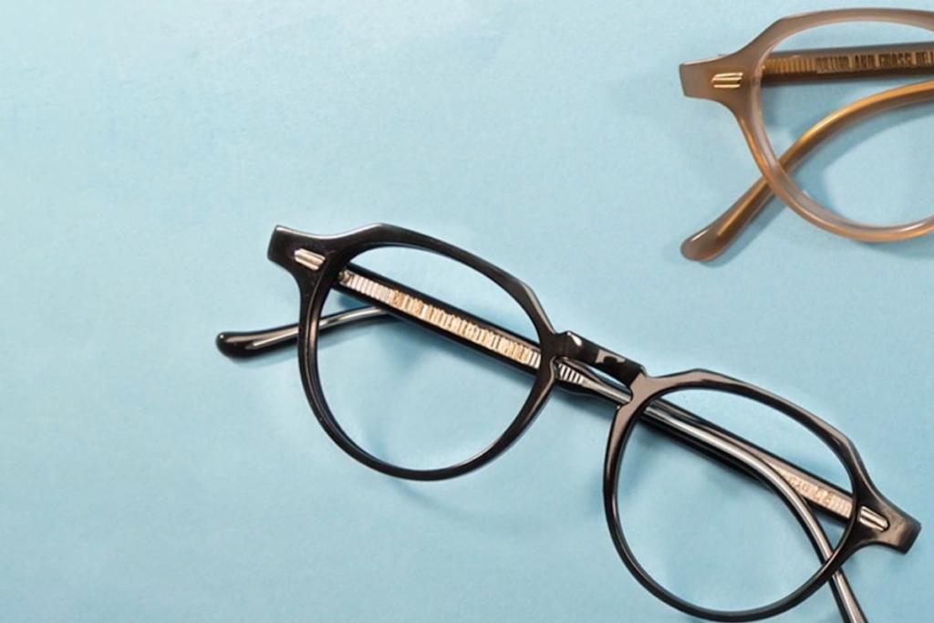 ساخت عینک طبی