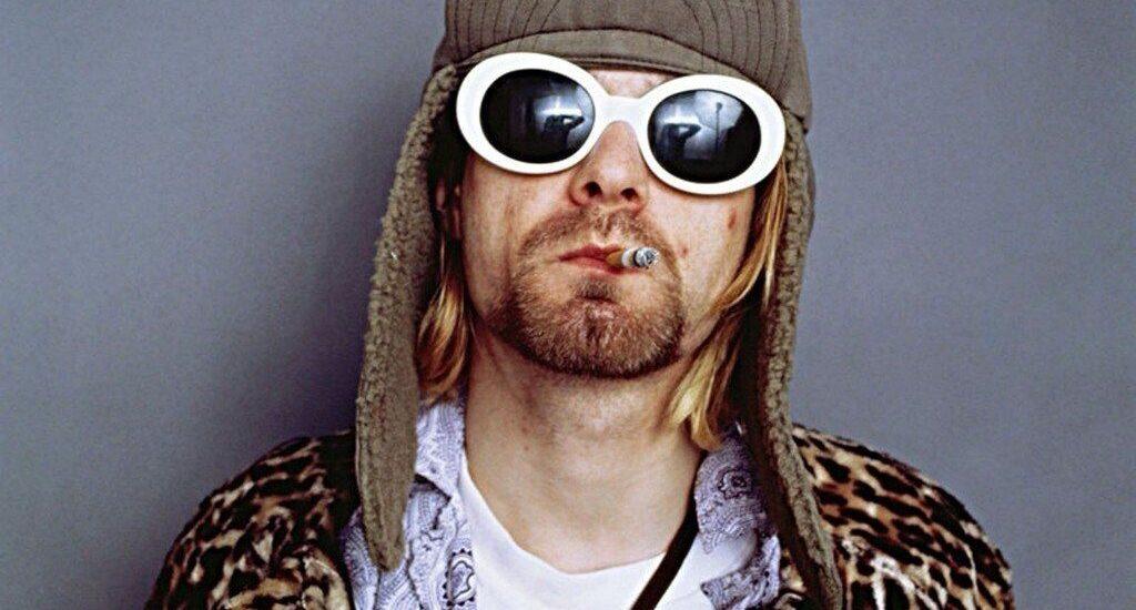 در مورد عینک کرت کوبین، رهبر گروه موسیقی نیروانا چه میدانید؟