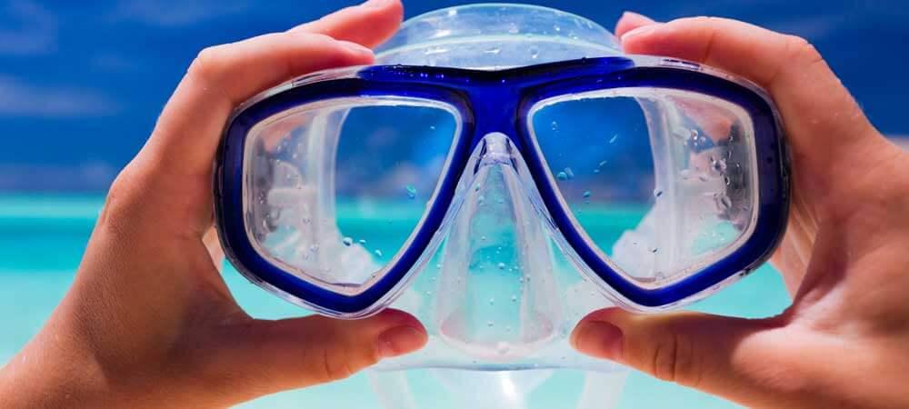برای غواصی بهتر است عینک طبی غواصی بخریم یا از لنز طبی استفاده کنیم؟