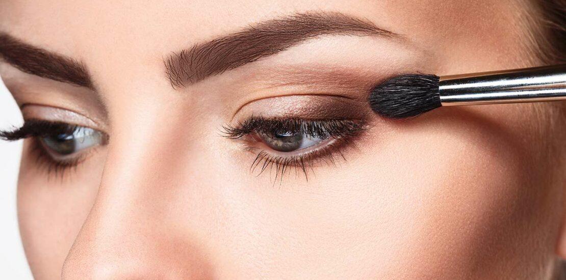 ترفندهای آرایش کردن با لنزهای رنگی