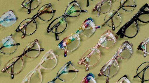 قیمت عینک طبی بر چه اساسی مشخص میشود؟