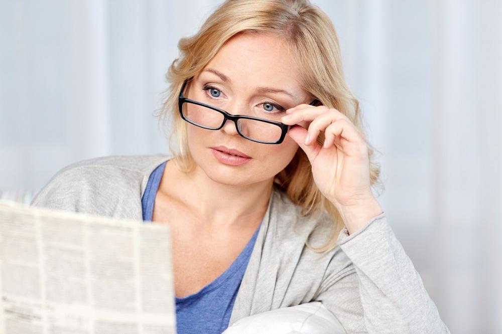 لنز برای پیرچشمی