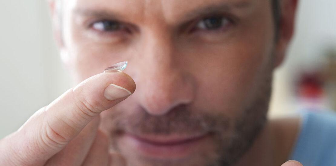 لنز طبی برای افراد بالای ۴۰ سال