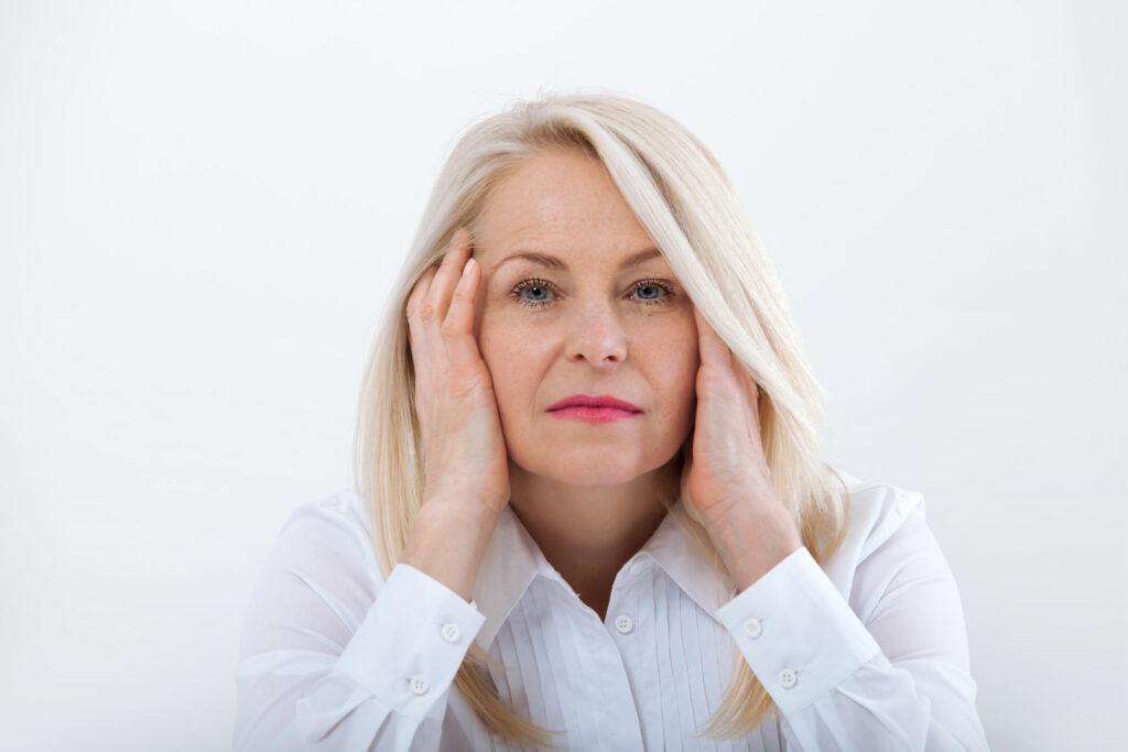 لنز برای افراد بالای 40 سال